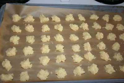 Minced-garlic-on-tray