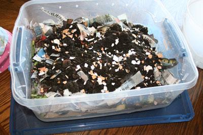 Top-worm-compost-bin